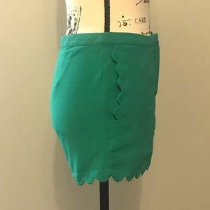 Lush Shorts - Lush Green Scallop Shorts - Small